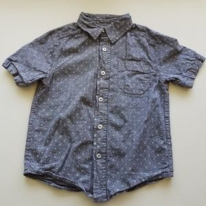 Denim short-sleeve shirt w diamond pattern